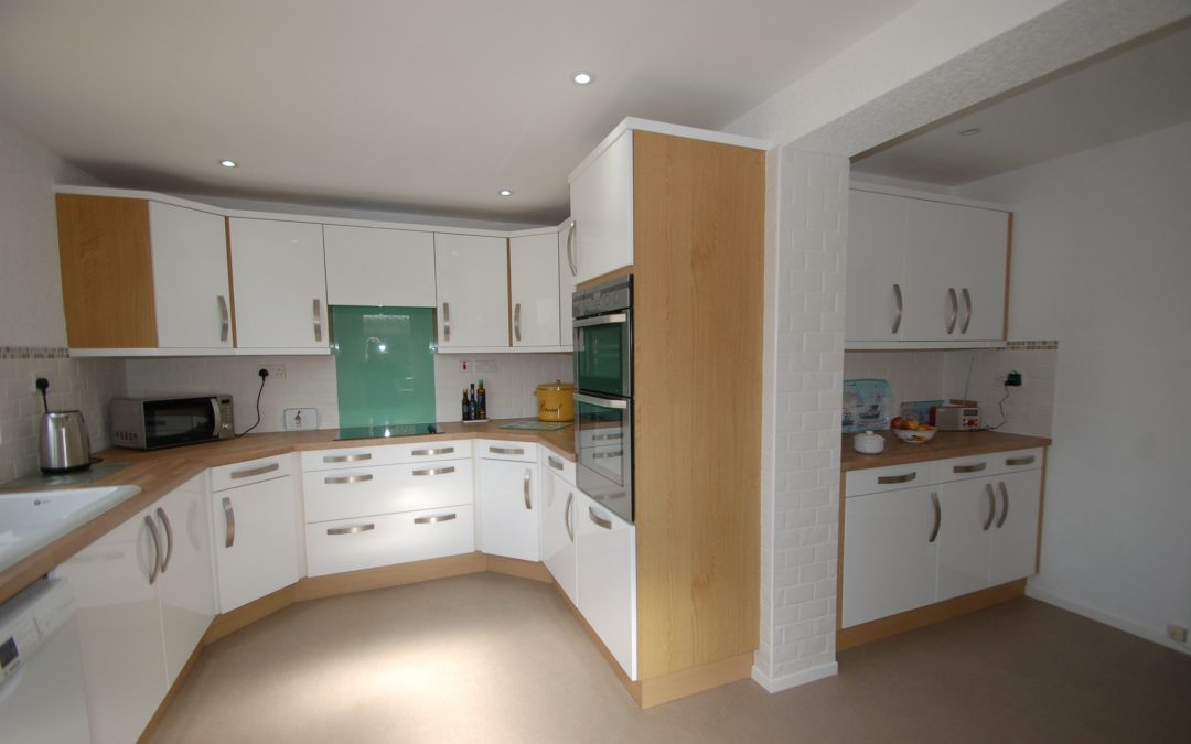 When a renovation can be as good as a brand new Kitchen